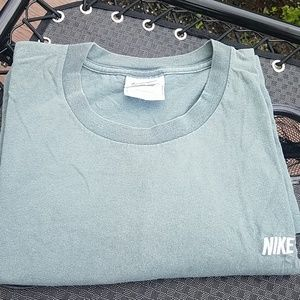 Nike embroidered  men's  tshirt
